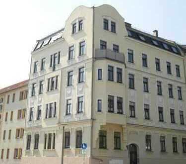 ++ Drei-Zimmer im Dachgeschoss ++