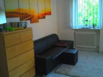 Große helle 1-Zimmer Wohnung / WG Mischung