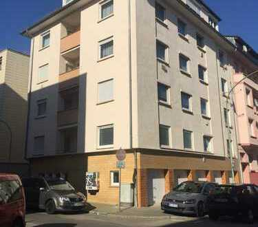 Renovierte 3-Zimmer Wohnung mit Balkon in Pforzheim/Nordstadt