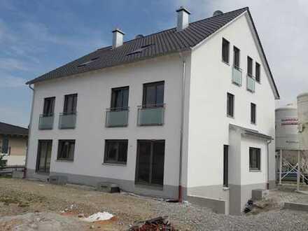 Erstbezug, Doppelhaushälfte mit sechs Zimmern in Bobingen