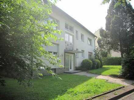 Ruhig gelegene, große 2 Zi-Wohnung mit Balkon