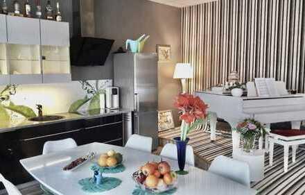 Möblierte 3 Zimmer Wohnung mit Terrasse und Balkon in Sennestadt