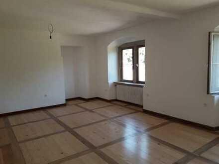 Wohnen in Schloß Laibach - Erstbezug nach Sanierung, freundliche 5 Zi Whg
