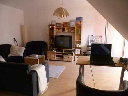 ooo Nettes 1-Zi.-Apartment mit EBK, kleinem Balkon und TG-Platz in Langenbrücken ooo