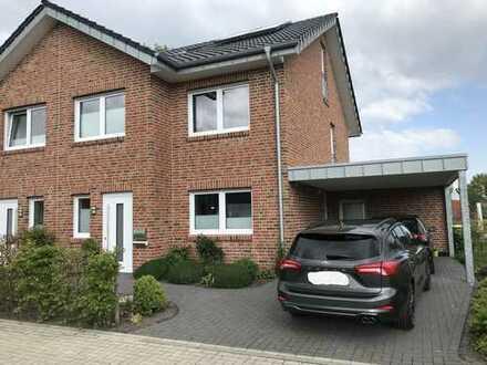 Neuwertige Doppelhaushälfte in zentraler Lage in Bersenbrück zu vermieten