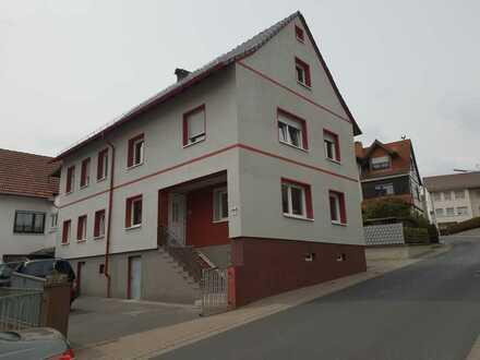 Schöne sechs Zimmer Wohnung in Aschaffenburg (Kreis), Geiselbach