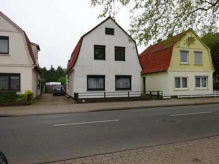 Schönes gepflegtes Zweifamilienhaus mit Pool in Delmenhorst-Ströhe