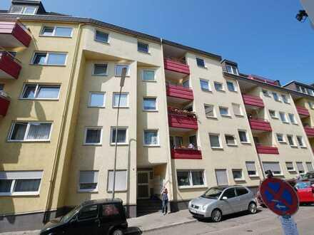 Renovierungsbedürftig, auch ideal für Kapitalanleger mit Balkon und TG-Stellplatz