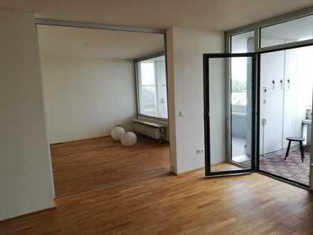 Apartment mit großer Terasse und Rheinblick