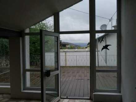 Attraktive 6-Zimmer-Wohnung mit Balkon in Trechtingshausen