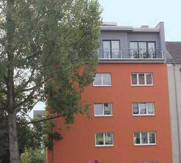 4-Raum-Wohnung im Stadtzentrum mit Balkon und Pkw-Stellplätzen