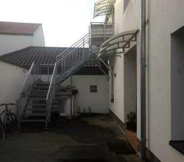 Familienfreundliche, geräumige 3 Zimmer Wohnung in Frankenthal Eppstein zu vermieten