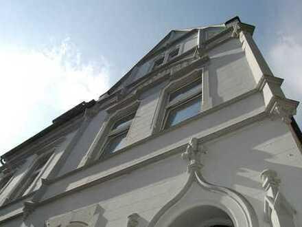 Traumhafte 360m² Jugendstilvilla - Fußgängerzone in Hörde! 2 Wohnungen vermietet - 120m² EG frei!