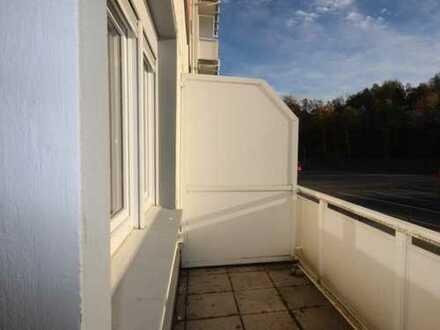 4-Zimmer Wohnung 90 m²// SANIERT