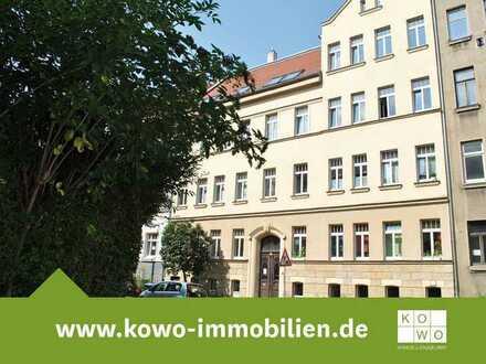 1-Zimmer-Wohnung mit Laminat, Wannenbad und offener Küche in Volkmarsdorf