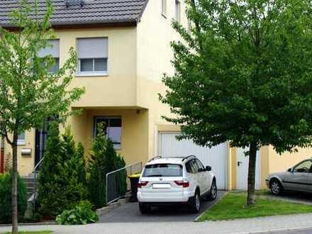 Traumhaus provisionsfrei zu vermieten: 175qm Eckhaus auf der Saarner Kuppe