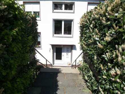 Frisch sanierte Dreizimmerwohnung im Dachgeschoss mit Balkon in Hemer Ihmert mit Balkon