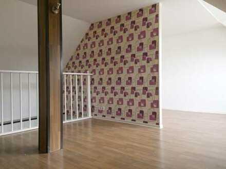 Leben wie in einem Einfamilienhaus ! Pärchen-Wohnung über 2 Etagen!