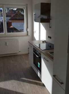 Erstbezug nach Kernsanierung: freundliche 2-Zimmer-Wohnung mit EBK in Kaufbeuren