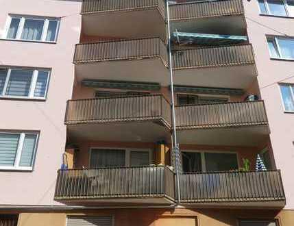 Top sanierte, modernisierte 4 Zimmer-Wohnung im 2. OG mit Garage in Nürnberg - Stadtteil Steinbühl