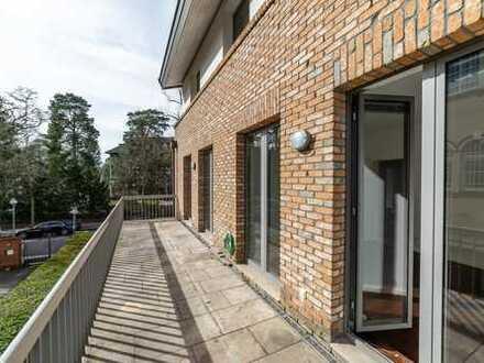 Attraktive und moderne 3-Zimmerwohnung in Verbindung mit freistehender Remise im Garten