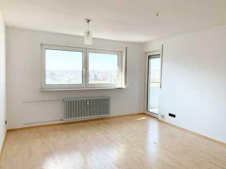 **Weitblick** Helle 2 Zimmer Wohnung mit Einbauküche in Dagersheim