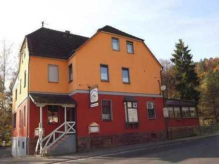Spessart-Gaststätte mit Biergarten und Pension