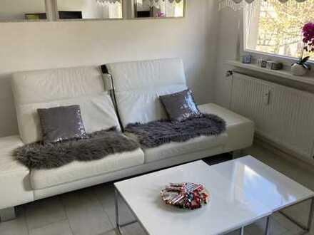 Privatverkauf Modernisierte 4-Raum-Wohnung mit Einbauküche in Mühlacker - Enzberg