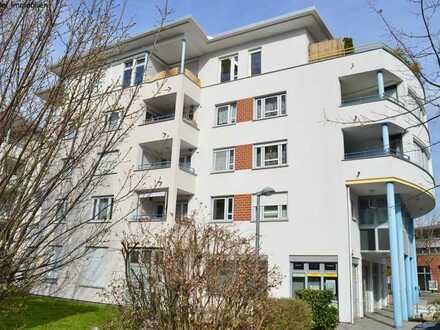 Tolle Wohnung mit Balkon + PKW-Stellplatz + zwei Keller