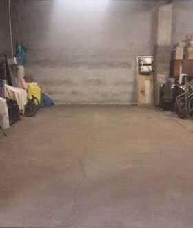 große Garage Halle - 1 Stellplatz Wohnmobil, Anhänger, etc.