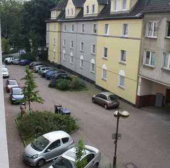 Solide 2 Zimmer Wohnung in Duisburg- Hochfeld
