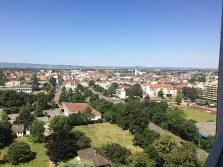 Kernsanierte u. top renovierte 2-Zimmer-Wohnung zur Miete in Frankenthal (Pfalz)
