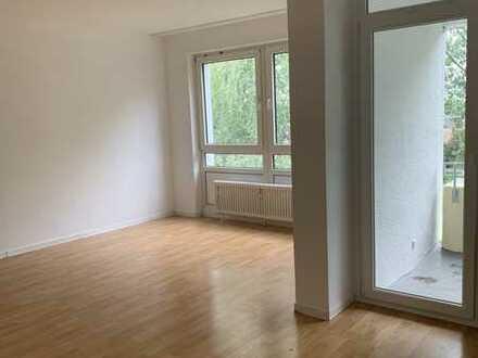 *RUHEOASE IN MOERS * Schönes, helles 3-Zimmer-Appartement,