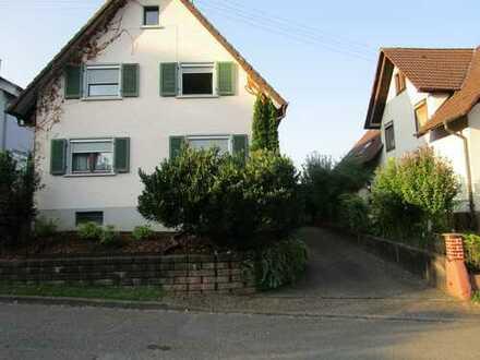 Freundliches Haus mit acht Zimmern im Ortenaukreis, nahe Offenburg
