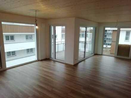 Hochwertige 3-Zimmer-Wohnung in Ehingen || Erstbezug FBH – Balkon – Garage