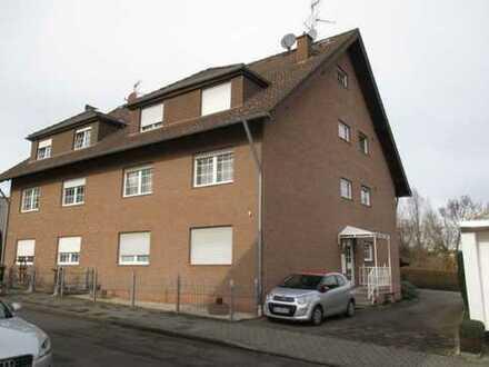 Gepflegte 3-Zimmer-Wohnung mit Balkon und Einbauküche in Brühl-Eckdorf !KEINE MAKLERANFRAGEN!