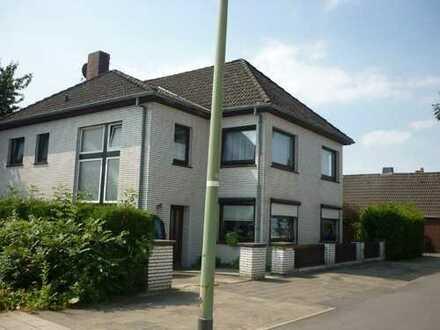 Zweifamilienhaus Schiffdorfer Chaussee 212, 27574 Bremerhaven-Geestemünde WOHNEN, ARBEITEN, ANLEGEN