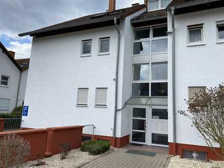 Helles und geräumiges 1 Zimmer-Apartment mit Terrasse und Tiefgaragenstellplatz