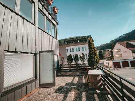 Hell, Modern, Zentral: Elegante 2 Zimmerwohnung mit großer Terasse