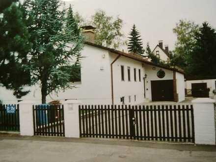 Bungalow m. Büro /Würmnähe,v. privat, Wohnen u. Arbeiten im Münchner Westen