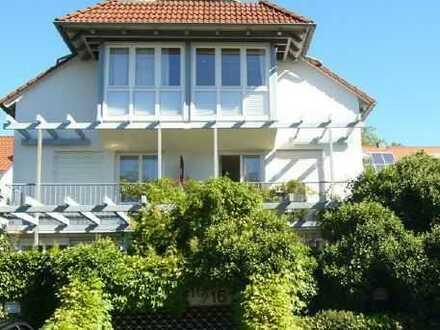 Ruhige, gepflegte 3-Zimmer-Maisonette-Wohnung mit Terrasse und EBK in Tübingen