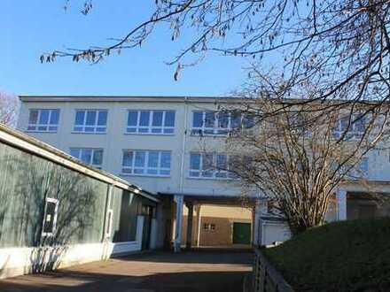 Modernes helles Büro 20 m² in zentraler Lage - 1. Monat mietfrei - Internet über Glasfaserkabel -