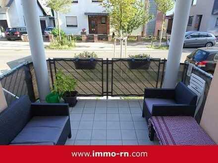 +++ Ihr neues Zuhause! Neuwertige 4 ZKB Wohnung mit Balkon, Hobbyraum & TG-Stellplatz +++