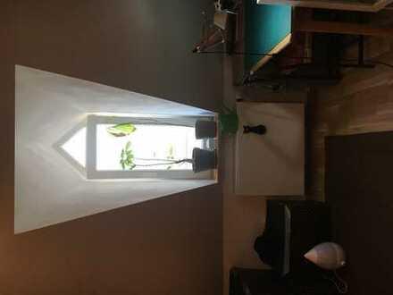 Kleines aber gemütliches 12qm Zimmer in einer 4er WG, nähe Marktplatz