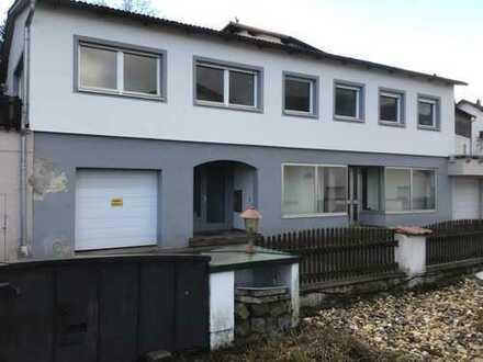 Schönes, geräumiges Haus mit drei Zimmern in Deggendorf (Kreis), Osterhofen