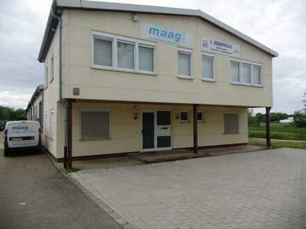 Produktionshalle mit Büro- und Sozialräumen