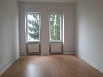 Preiswerte 3-Zimmer-Wohnung mit Balkon und EBK in SARREGUEMINES
