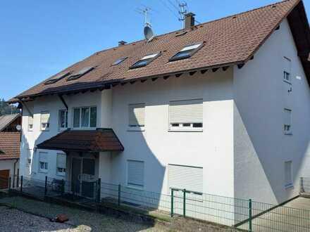 Lichtdurchflutete 3 Zimmer Dachgeschoss Wohnung in Gernsbach-Obertsrot