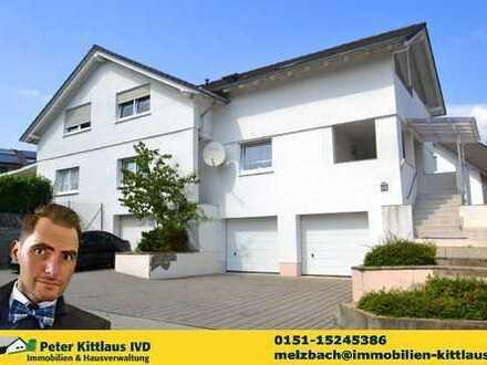 Ein Haus im Haus - Große Eigentumswohnung mit 2 Etagen in toller Lage!