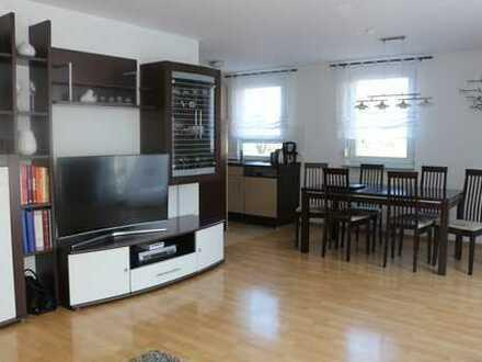 Schöne drei Zimmer Wohnung in Stuttgart, Bad Cannstatt